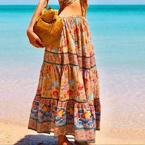 🌺HP🎉🌺 NWOT Spell/The Gypsy Seashell Maxi Skirt